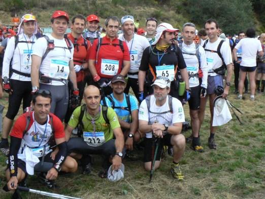 Paquetes y Trágames en la salida del Gran Trail Peñalara 2010