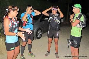 Ultra Trail: Nerea Martínez y equipo a punto de salir. Foto Kataverno.