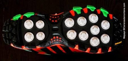 Adidas Raven 3: Detalle del taqueado Adaptative Traxion. Foto: Mayayo.