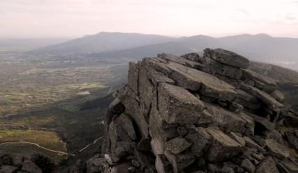 La Peñota (1.931m): Panorámica cimera hacia Abantos.