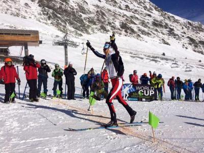 Esqui de Montaña Copa del Mundo Andorra fontblanca 2015. Laetitia Roux hace doblete en la Cronoescalada. Foto ISMF Skimo