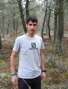 Salomon running ficha a Pablo villa