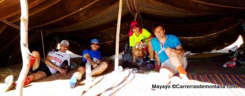 La jaima de españoles en los 100km del Sahara 2014, Túnez. Foto: Mayayo.