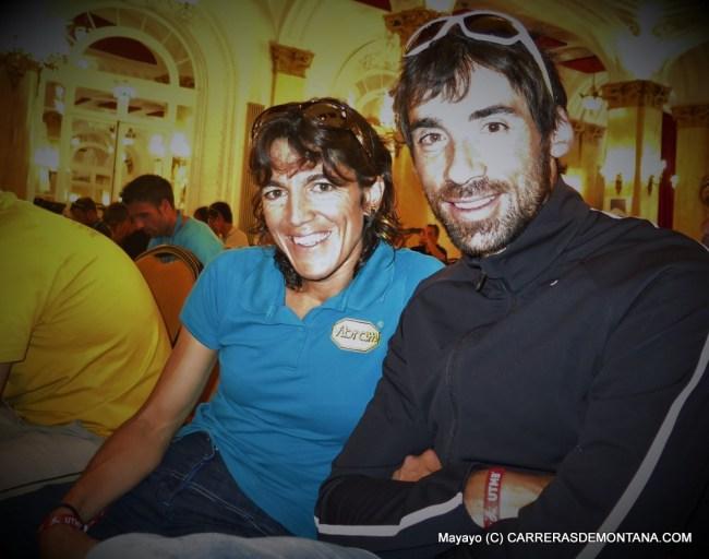 Luis Alberto Hernando y Uxué Fraile sonríen en la rueda prensa de campeones. Foto: Mayayo