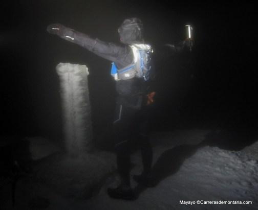 Cresta Claveles nocturna invernal. Mucho bajocero.