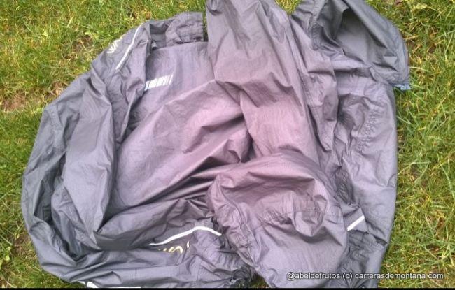 waa ultra rain jacket by carrerasdemontana (1)