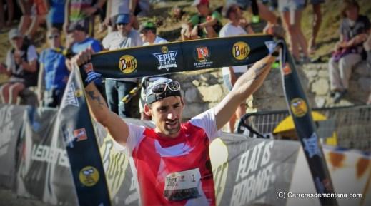 Luis Alberto Hernando, bicampeón del mundo en la meta de Barruera.
