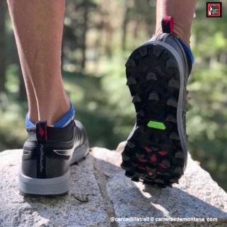 Zapatillas Asics Fuji Trabuco Pro (9)