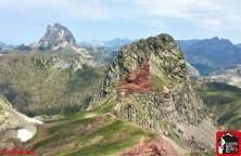 Canfranc Alpinultras Pico Anayet y Midi D´Ossau desde Vertice Anayet. Foto Mayayo (Copy)