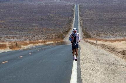 badwater ultramarathon 135 2021 fotos adventurecorps (3)