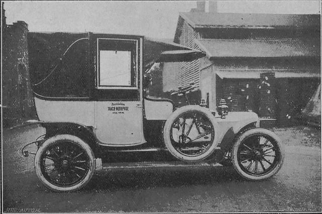1912. Таксомотор Panhard-Levassor в Российского таксомоторного общества, Петербург.