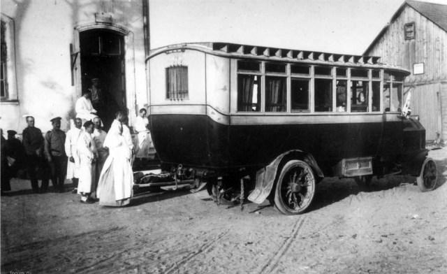 1914. Автобус Gaggenau лазарета имени преподобного Серафима Саровского, Минск