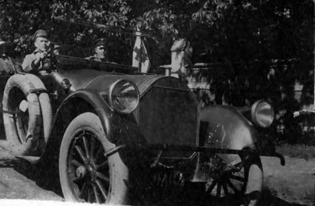 1915-1917. Пирс-Эрроу Всероссийского земского союза.