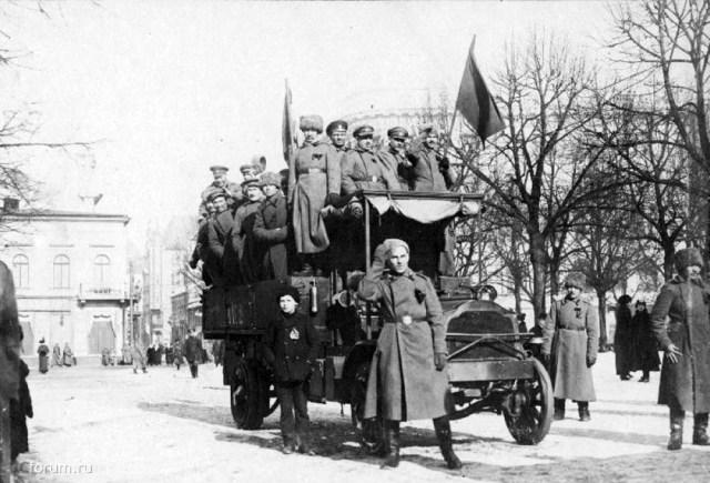 1917. Packard. Эстляндская губерния.