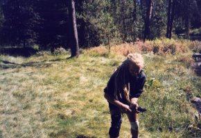 30 Sep 1999 1 Oct 1999 Monty tickling a trout, Quinn River Springs