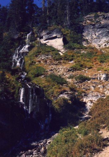 4 Oct 1999 Videa Falls, Crater Lake
