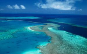 scenery-great-barrier-reef-aerial