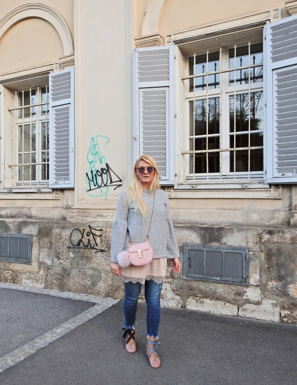 Grey Sweater Ballerina Shoes Chloe Drew Bag