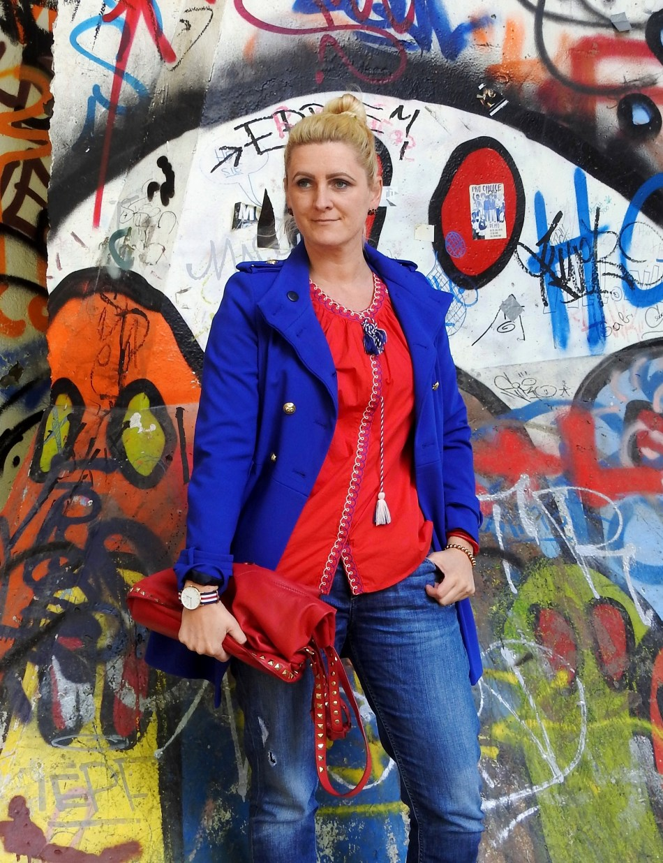 Colourblocking-Red-Blouse-Blue-Coat-Blogger-carrieslifestyle-Tamara-Prutsch-Shein-Zara