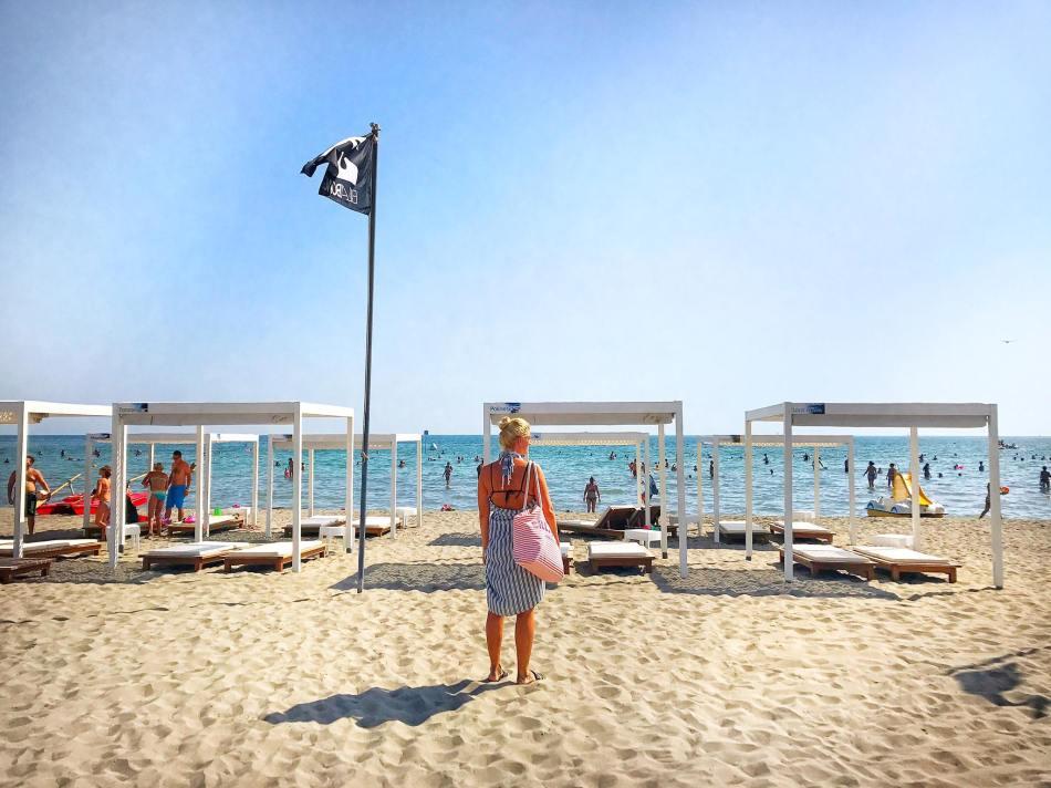 Grado-Strand-Beach-Meer-Sea-View-Reiseblog-Roadtrip-Italy-carrieslifestyle-Tamara-Prutsch