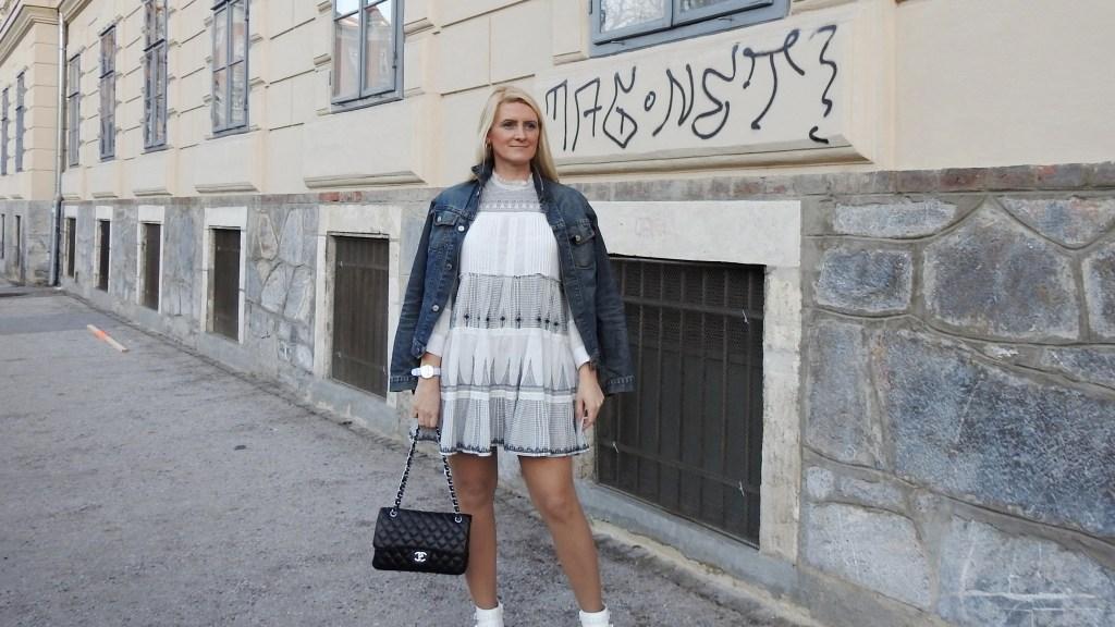Dark-Denim-Leather-Weiße-Leder-Boots-Suzanna-Chloe-Deichmann-Zara-Dress-Jeansjacke-carrieslifestyle-Tamara-Prutsch-Chanel-Tasche-Stefano-Lungo-Uhr-Watch
