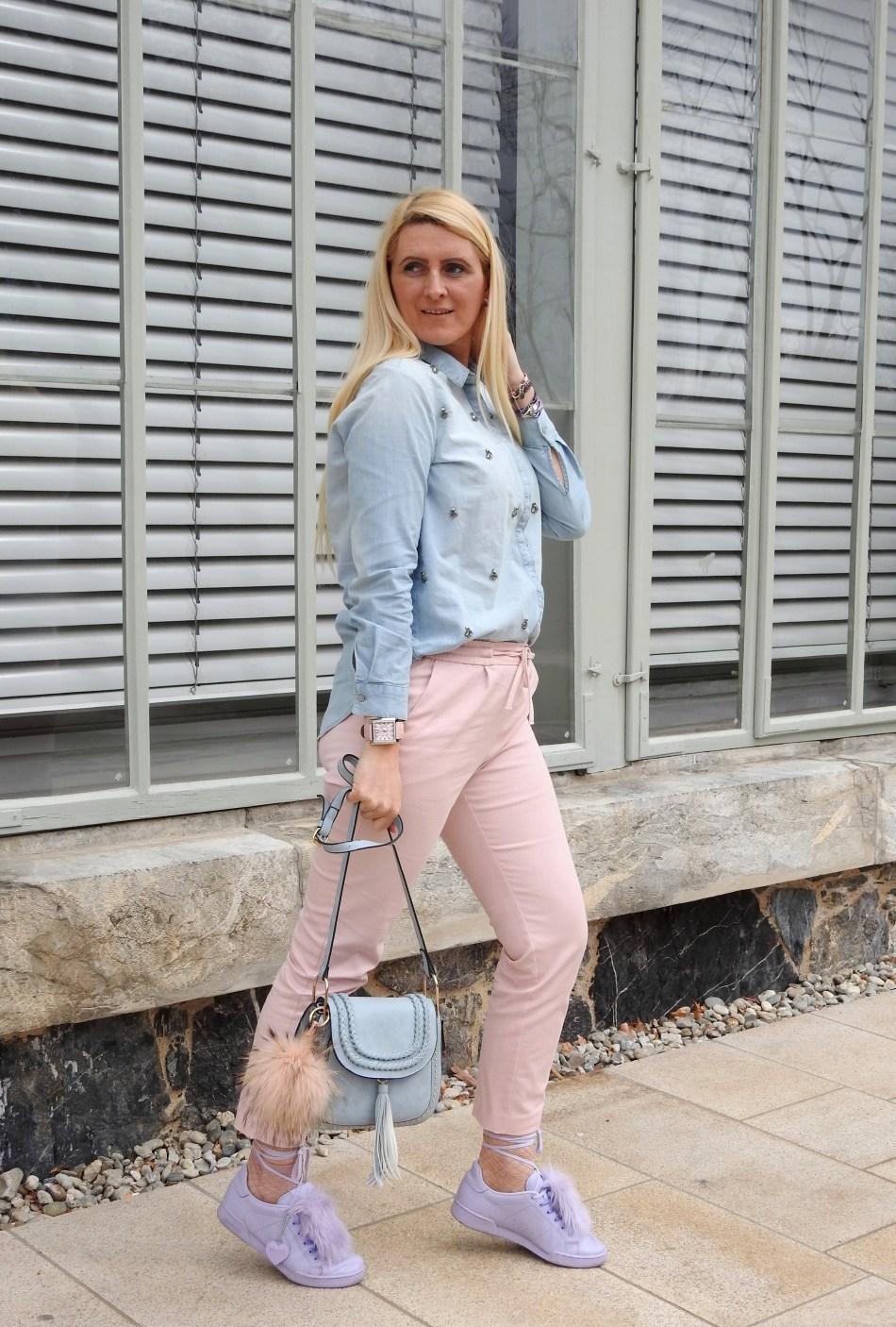 Pastellfarben-Pastell-Colours-Pantone-Lila-Babyrosa-pink-rosa-hellblau-Chloe-Bag-Reebok-Sneakers-Fakefur-Fauxfur-Springvibes-Frühlingsfarben-Frühling-carrieslifestyle-Tamara-Prutsch