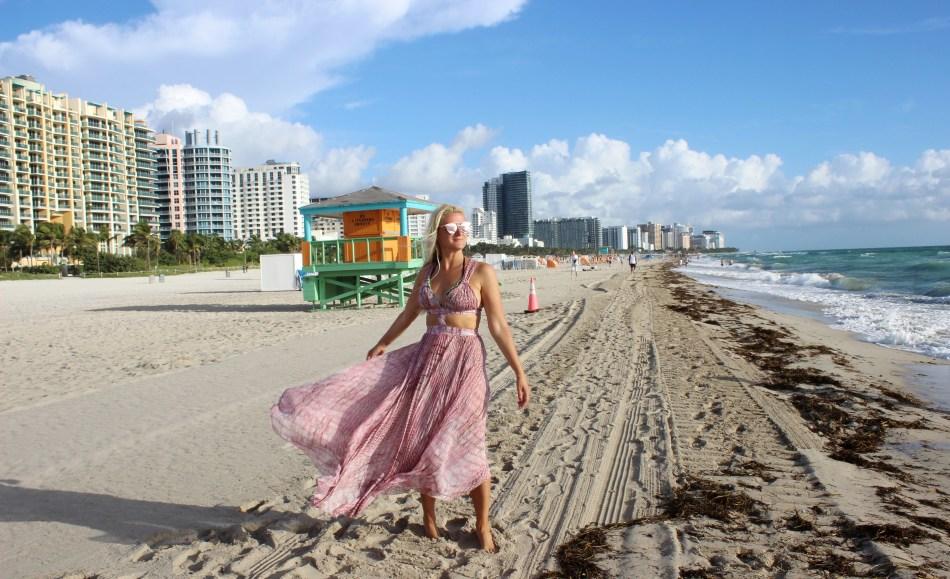 Sehnsucht-nach-dem-Meer-Sommer-Strand-Sand-Füße-Spaziergang-Florida-Miami-South-Beach-carrieslifestyle-Tamara-Prutsch-Reisebericht-Reiseblog