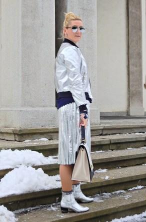 Fashionsocks-Fishnet-Stockings-Calzedonia-carrieslifestyle-Tamara-Prutsch-Skirt-Plissee