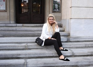 Mules-Mango-Black-and-white-Blazer-Chanel-Bag-carrieslifestyle-Tamara-Prutsch-Schuhliebe-Shoelove