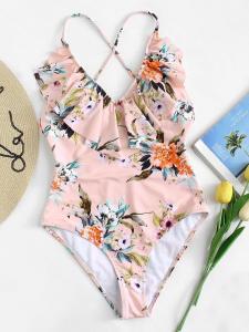 Bademode-Trends-Badeanzug-Swimsuit-carrieslifestyle-Tamara-Prutsch
