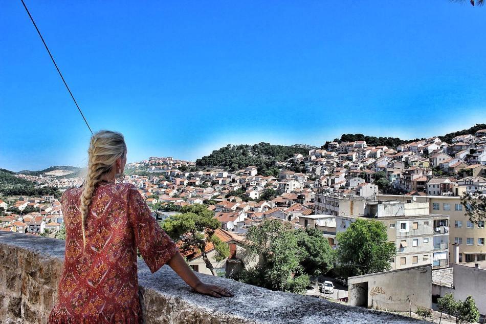 Sibenik-Hafen-Stadt-der Treppen-Kroatien-Reiseführer-Reisebericht-Reiseblog-carrieslifestyle-Tamara-Prutsch