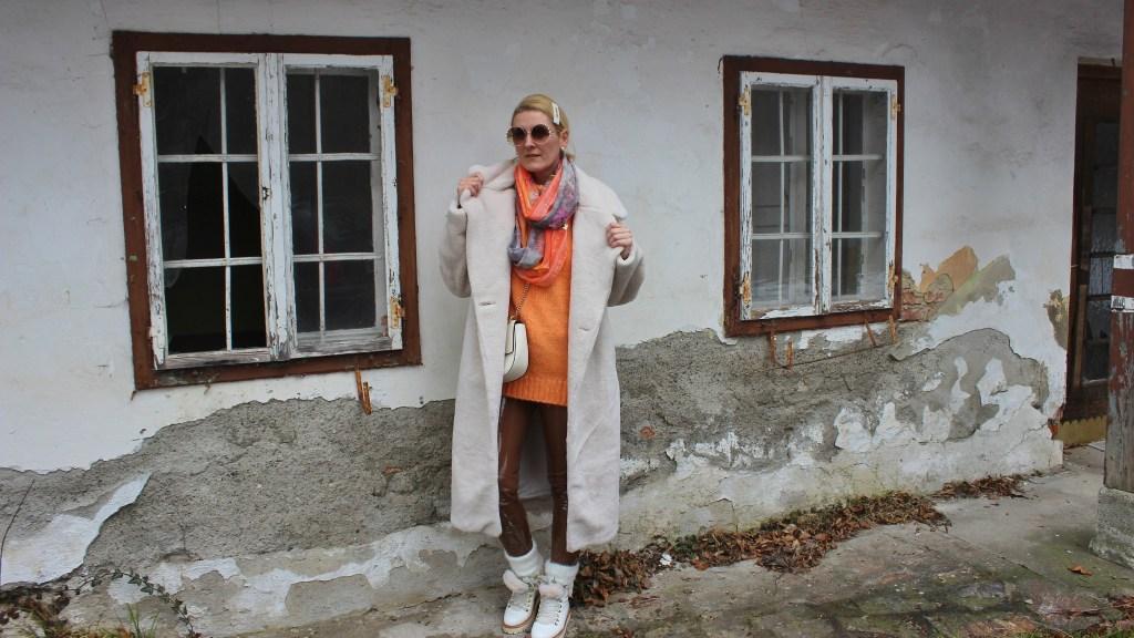 White-Fauxfur-Teddycoat-Chloe-Bag-Winterlook-carrieslifestyle