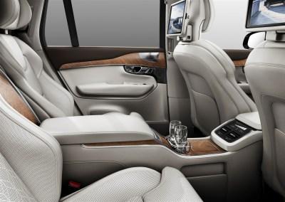 179519_Volvo_XC90_Excellence_interior (1583 x 1122)