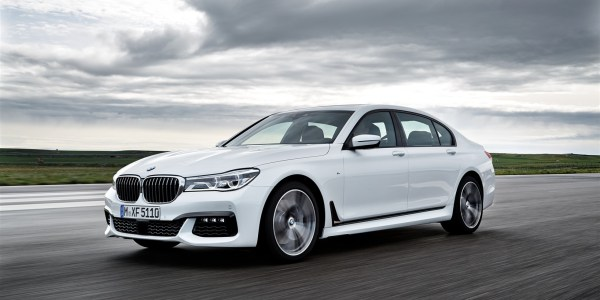 P90178512_highRes_the-new-bmw-7-series (1637 x 1091)