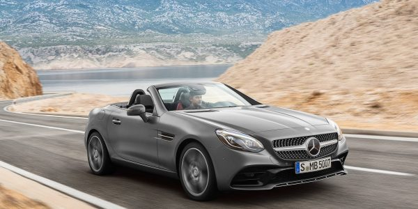 Mercedes-Benz-SLC 300-2017-03