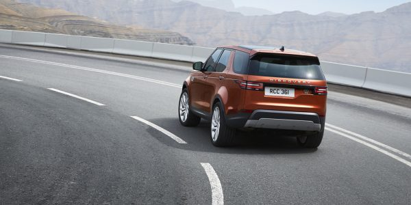 land-rover-discovery-8-1024×711