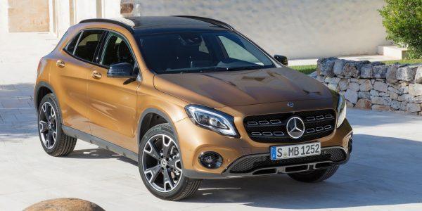 Mercedes-Benz-GLA-2018-1600-02