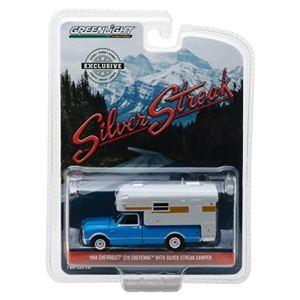 1968 Chevrolet C10 Cheyenne with Silver Streak Camper / 1:64
