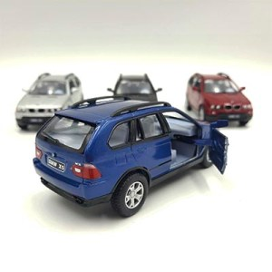 BMW X5 (4 colores)