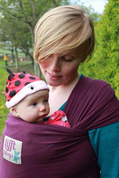 Lifft two way stretch wrap for newborn baby plum