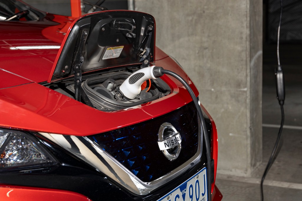 leaf - New Nissan LEAF 05 - Electric cars: where to from here?