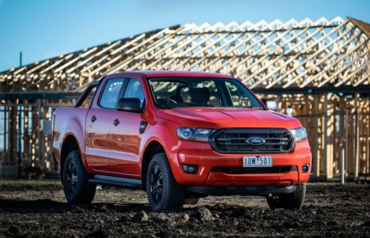 car - ford ranger sport 02 - It's too hard to get a loan, moans car industry!