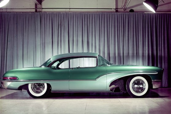 supersonic - 1955 Oldsmobile Delta 88 green 01 - The blue? Or was it green? Supersonic machine