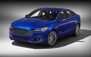 Ford-Fusion-2013-J-Mays-Chris-Hamilton-design