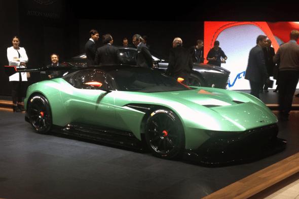 Aston_Martin_Vulcan-Geneva_Auto_Show-2015