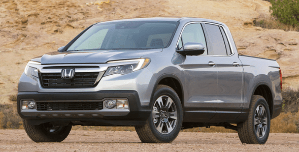 2017-Honda_Ridgeline-left-front
