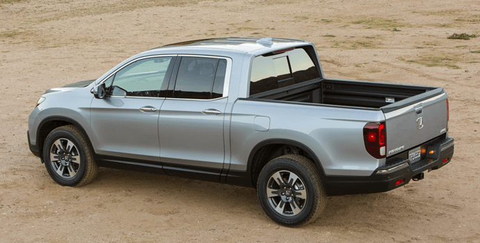2017-Honda_Ridgeline-left-rear