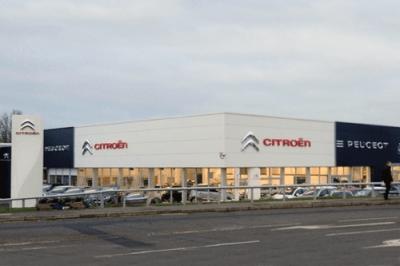Peugeot_Citroen-dealership-European-car-cales-ranking-december-2015