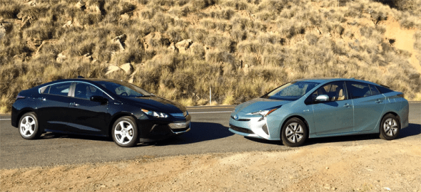 US-car_sales-alternative_power-segment-2016-Chevrolet_Volt-Toyota_Prius
