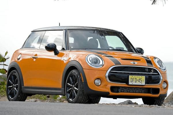 Mini_Hardtop_2_door-US-car-sales-statistics